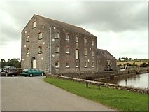 SN0403 : The Tidal Mill at Carew by Robert Edwards