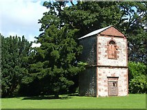 NS3978 : Doocot near Strathleven House by Lairich Rig