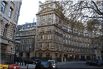 TQ3281 : Eastern end of Finsbury Circus by N Chadwick
