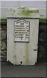 SX9265 : Milepost - Babbacombe Road by John C