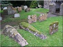 SU0460 : Churchyard, St Andrew's Church by Maigheach-gheal