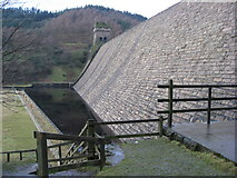 SK1789 : Derwent Dam Wall View by Alan Heardman