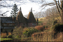 TQ6027 : Oast House at Sharnden Old Manor Farm, Mayfield, East Sussex by Oast House Archive