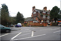 SU9948 : The junction of Portsmouth Rd & Lawn Rd by N Chadwick