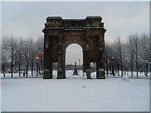 NS5964 : McLennan Arch, Glasgow Green by Stephen Sweeney
