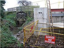 SK6443 : Sluice rebuild by Alan Murray-Rust