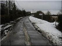 SP7711 : Upton Road by Shaun Ferguson