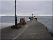 SX2553 : Pier at the mouth of Looe Harbour by Ian Cunliffe