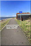NO4531 : Cycle route along Broughty Ferry beach by Dan