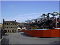 SD8122 : Building the new Health Hub, Bacup Road by Robert Wade