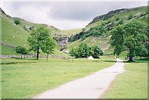 SD9163 : Approach to Gordale Scar by Ron Galliers