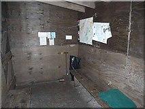NT8012 : Inside Yearning Saddle Mountain Refuge Hut by Oliver Dixon
