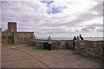 NU1341 : Battlements, Lindisfarne Castle, Holy Island, Northumberland by Christine Matthews