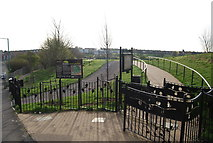 TQ7768 : The entrance to Hillyfields Community Park, Parr Avenue by N Chadwick