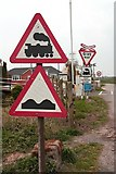 TA0623 : Barrow Haven level crossing by Richard Croft