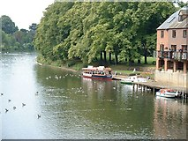 SP0343 : River Avon at Evesham by Barry Boxer