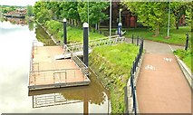 J3371 : Pontoon, River Lagan, Belfast by Albert Bridge