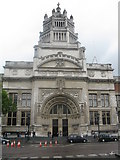 TQ2779 : Victoria & Albert Museum - Main Entrance by Peter Whatley