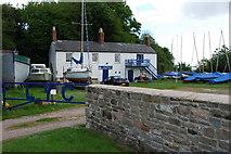 SO6501 : Lydney Yacht Club by jeff collins