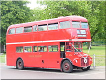 TQ3370 : Route Master by Colin Smith