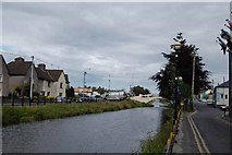 N3325 : Grand Canal, Tullamore by sarah gallagher