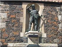 NO4202 : Statue in memory to Alexander Selkirk in Lower Largo by James Denham