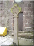 NO8785 : Mercat Cross by Stonehaven Town Hall by Stanley Howe