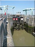 ST1972 : Lock gates & bascule bridges, Cardiff Bay barrage by Keith Edkins