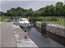 H0911 : Entering Ballyduff Lock by Oliver Dixon