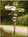 ST7818 : Marnhull: Stoney Lawn finger-post by Chris Downer