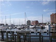 TA0928 : Hull Marina by hayley green