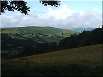 SK2479 : Looking north west,up the Derwent Valley by Peter Barr