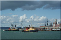 SU6200 : Portsmouth Harbour, Hampshire by Peter Trimming