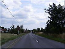 TM4160 : B1121 Saxmundham Road, Friston by Geographer