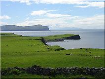 NG2261 : Dunvegan Head from Trumpan, Skye by Alan White