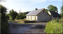 G7354 : Lennduf Cottage by Kenneth  Allen