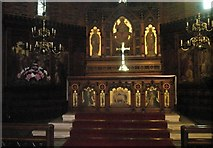 SU6400 : The altar at St Peter's Somers Town by Basher Eyre