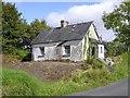G9239 : Derelict cottage, Lissinagroagh by Kenneth  Allen