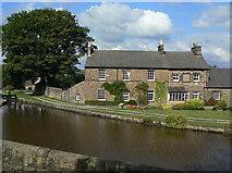 SJ9688 : Houses at Marple Top Lock by Alan Murray-Rust