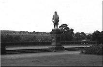 SE1338 : Statue of Sir Titus Salt,  Roberts Park, Saltaire by Dr Neil Clifton