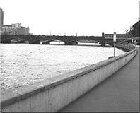 TQ3180 : Blackfriars Railway Bridge by Dr Neil Clifton