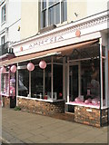 SU5806 : I've forgotten what this shop is called by Basher Eyre