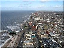 SD3036 : Blackpool Promenade, Looking North by Gerald Massey
