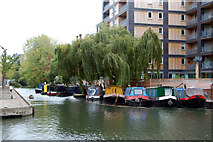 TQ3283 : Wenlock Basin, Regents Canal, Islington by Andy F