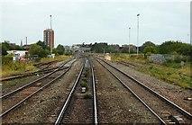 SU1585 : The line crosses the Transfer Bridges in Swindon by Steve Daniels