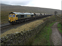 SD7579 : Freightliner approaching Ribblehead Viaduct by michael ely