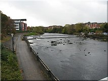 NS3421 : Weir on the River Ayr by John Forret