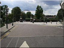 TQ2574 : King George's Park by Shaun Ferguson