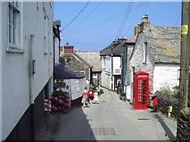 SW9980 : Church Hill by David Ashcroft
