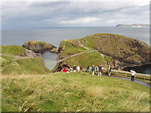 D0644 : Carrick-a-rede rope bridge and viewpoint by David Hawgood